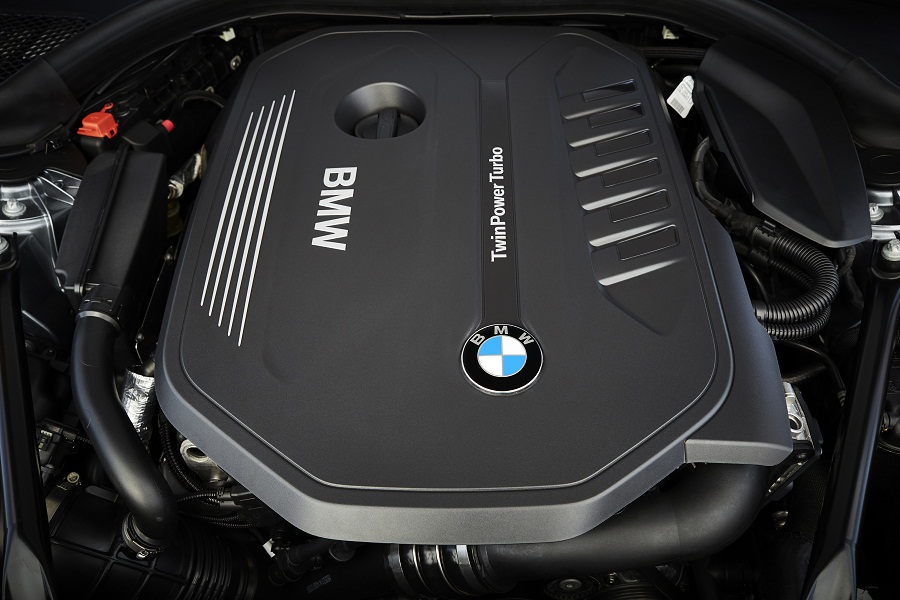 P90237201_highRes_the-new-bmw-5-series.jpg
