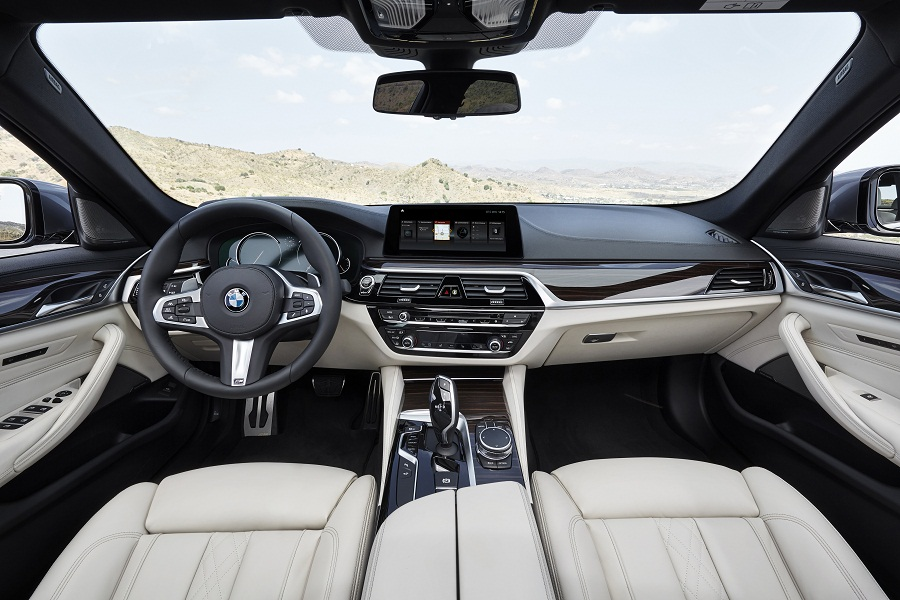 P90237270_highRes_the-new-bmw-5-series.jpg